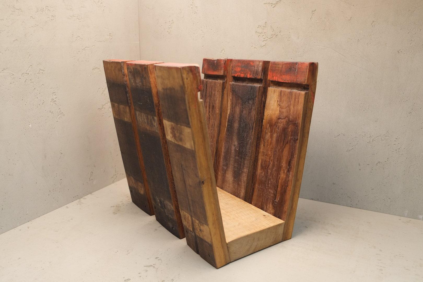 zeitungsst nder aus echten fassdauben schreinerei christian popp. Black Bedroom Furniture Sets. Home Design Ideas
